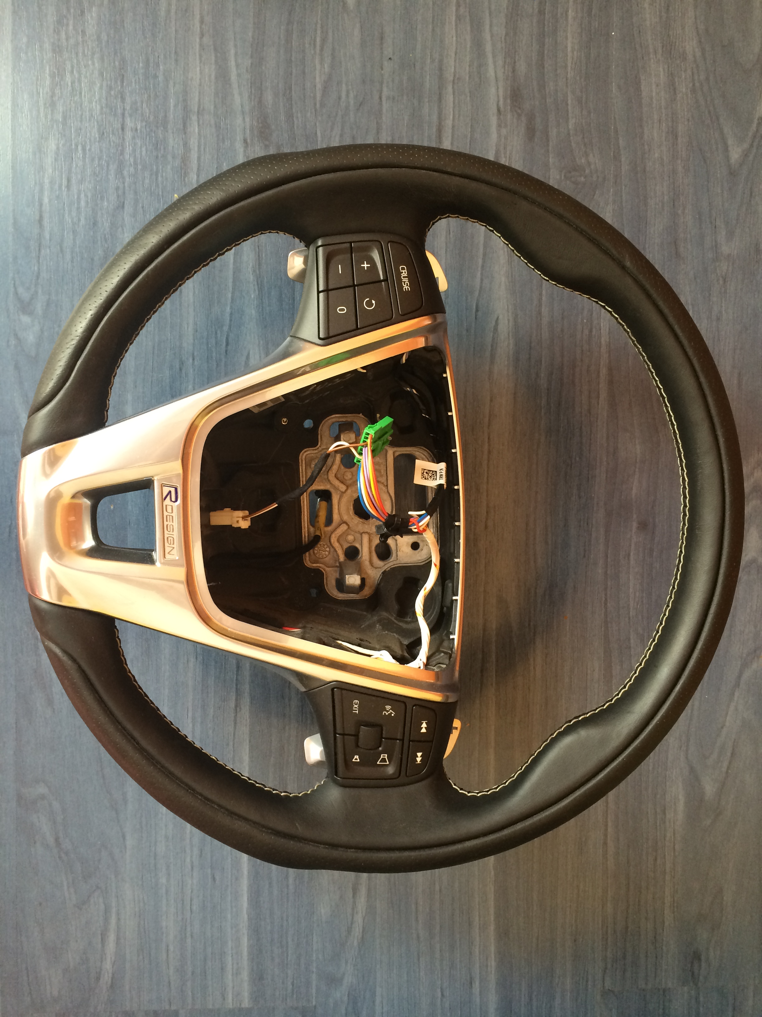 volvo s60 v60 xc60 steering wheel r design w/paddle shifters 12 13 14 15 | volvoproject.com