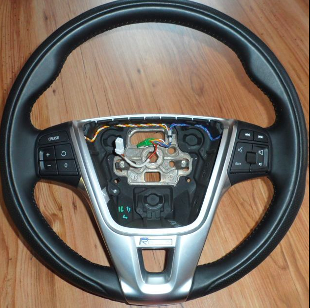 Volvo S60 Xc60 V60 R Design Steering Wheel 11 12 13 14 15